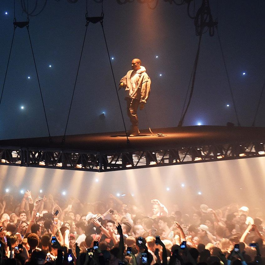 Kanye+West%E2%80%99s+%E2%80%9CThe+Life+of+Pablo%E2%80%9D+tour+was+abruptly+cut+short+after+suffering+from+exhaustion+and+paranoia.++Many+of+his+fans+were+distraught+after+learning+of+the+cancellation+of+the+tour.