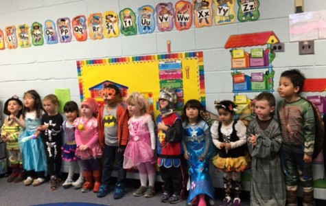 Little girls and boys invade the hearts of WS students