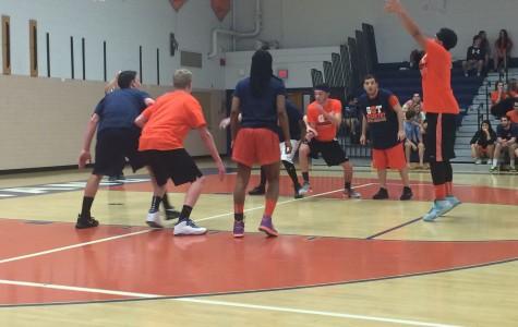 Students vs. staff b-ball game
