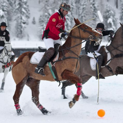 Snow polo gains fans worldwide