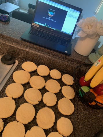 English and Peer Tutoring teacher Melissa Morgan bakes cookies in between online classes. She has been exploring baking many different kinds of treats, and she recently made these sugar cookies.
