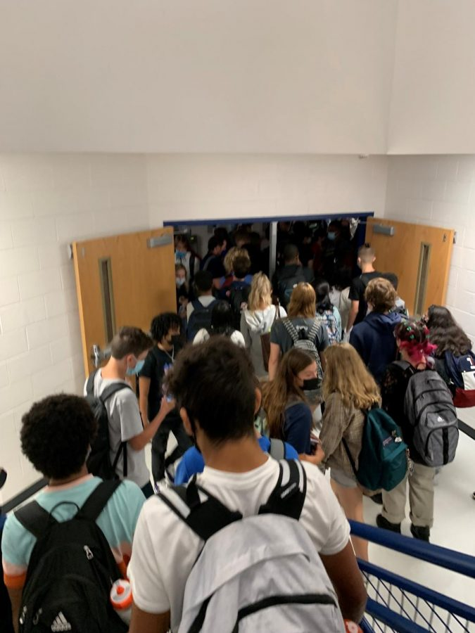 Many+students+crowd+stairwell+A+which+demonstrates+how+the+overcrowding+within+WS+is+very+unsafe+for+students.